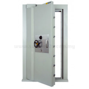 "Falcon SSM100 (4.0"") Strong Room Door"